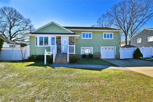 1754 Remson Avenue, Merrick, NY 11566 (MLS #3291981) :: Signature Premier Properties