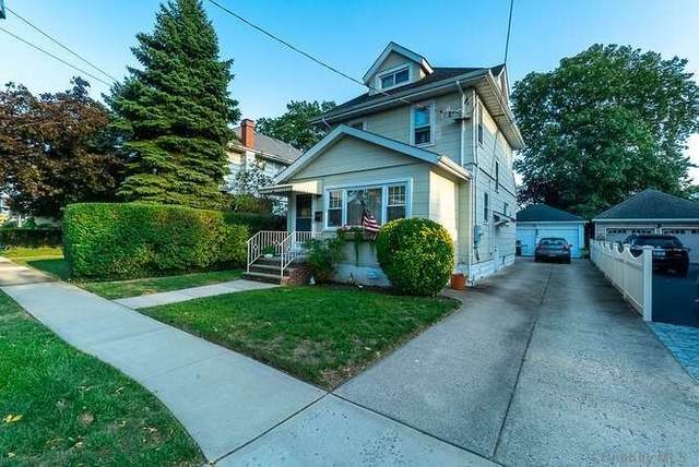 196 Lowell Avenue, Floral Park, NY 11001 (MLS #3291987) :: Signature Premier Properties