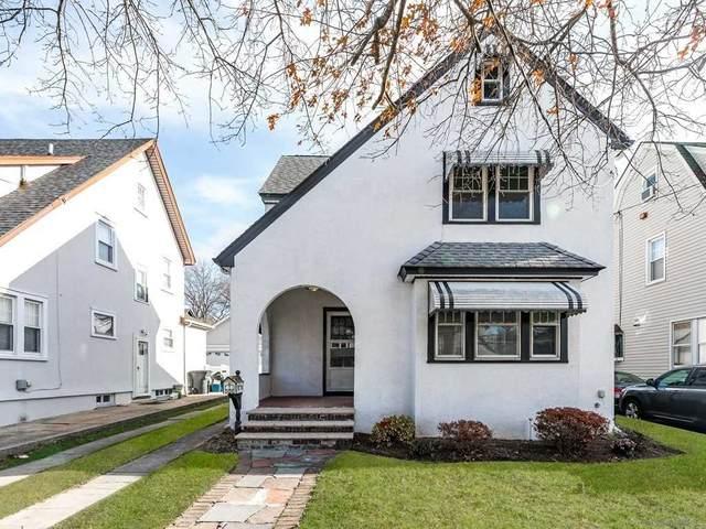 227 Plainfield Avenue, Floral Park, NY 11001 (MLS #3292168) :: Signature Premier Properties