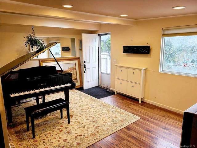 60 Wishing Lane, Hicksville, NY 11801 (MLS #3292214) :: Signature Premier Properties