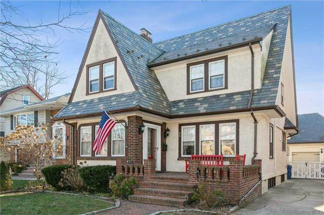 40 Irving Avenue, Floral Park, NY 11001 (MLS #3292520) :: Signature Premier Properties
