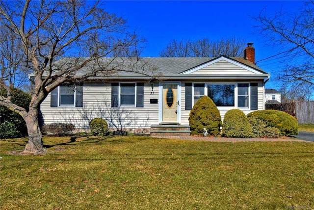 31 Herbert Circle, Patchogue, NY 11772 (MLS #3292810) :: Signature Premier Properties