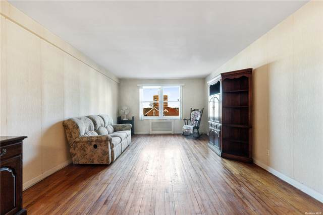 72-10 112th Street 3E, Forest Hills, NY 11375 (MLS #3294798) :: RE/MAX RoNIN