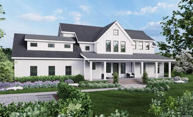 245 Royalton Row, Mattituck, NY 11952 (MLS #3295564) :: McAteer & Will Estates | Keller Williams Real Estate
