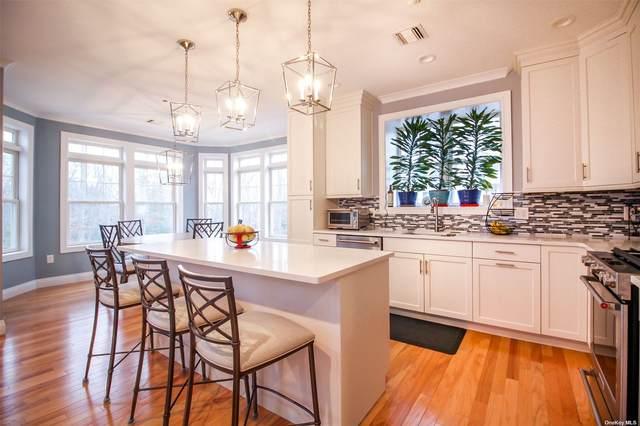 14205 Aspenwood Drive 14-205, Plainview, NY 11803 (MLS #3296274) :: Signature Premier Properties