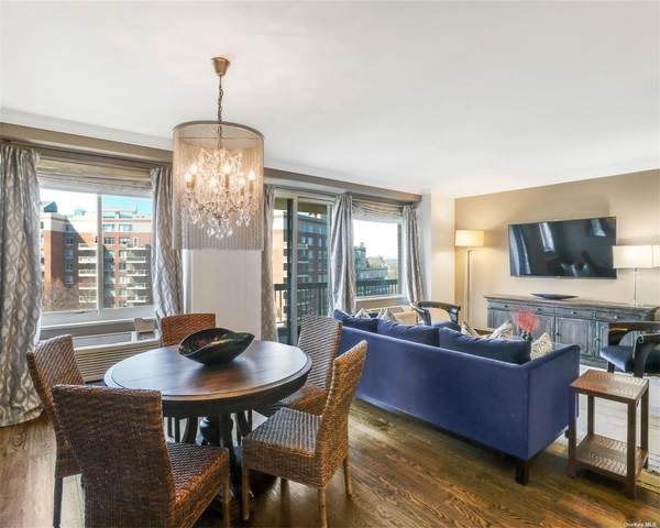 100 Hilton Avenue #605, Garden City, NY 11530 (MLS #3296301) :: Nicole Burke, MBA | Charles Rutenberg Realty