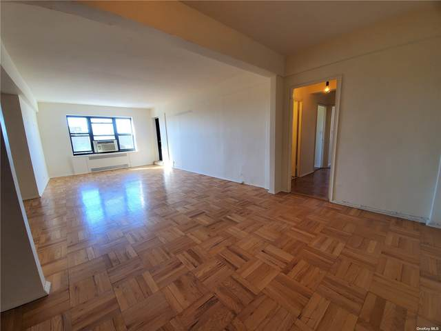 67-76 Booth Street 8L, Forest Hills, NY 11375 (MLS #3297115) :: RE/MAX RoNIN