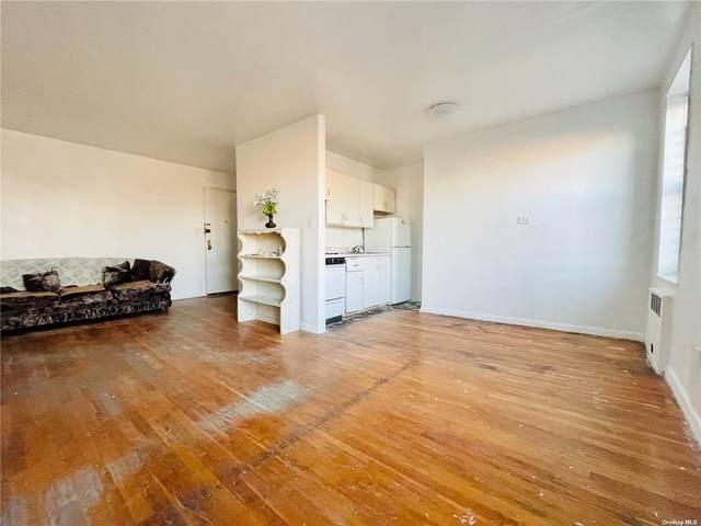 42-40 Bowne Street 5H, Flushing, NY 11355 (MLS #3297165) :: RE/MAX RoNIN