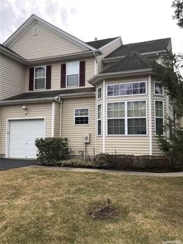 7 Cranberry Circle, Medford, NY 11763 (MLS #3298269) :: Shalini Schetty Team