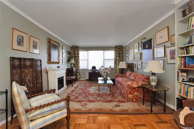 125-10 Queens Boulevard 12-08, Kew Gardens, NY 11415 (MLS #3299400) :: Carollo Real Estate