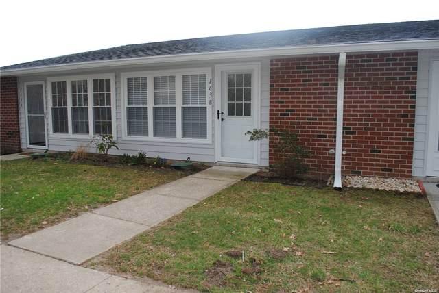163B Falmouth Court, Ridge, NY 11961 (MLS #3299591) :: Barbara Carter Team