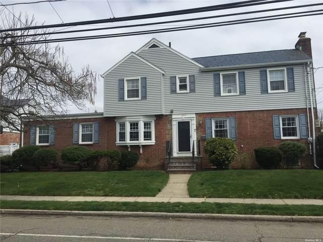 235 Scranton Avenue, Lynbrook, NY 11563 (MLS #3302292) :: Kendall Group Real Estate | Keller Williams