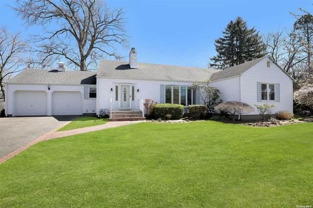 17 Parkwood Road, West Islip, NY 11795 (MLS #3302347) :: Mark Boyland Real Estate Team