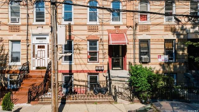 637 Warwick Street, E. New York, NY 11207 (MLS #3302377) :: Barbara Carter Team