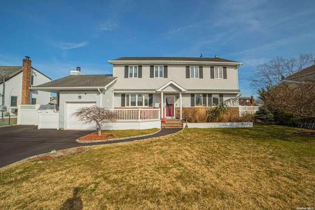 647 N Chicot Avenue, West Islip, NY 11795 (MLS #3302438) :: Keller Williams Points North - Team Galligan