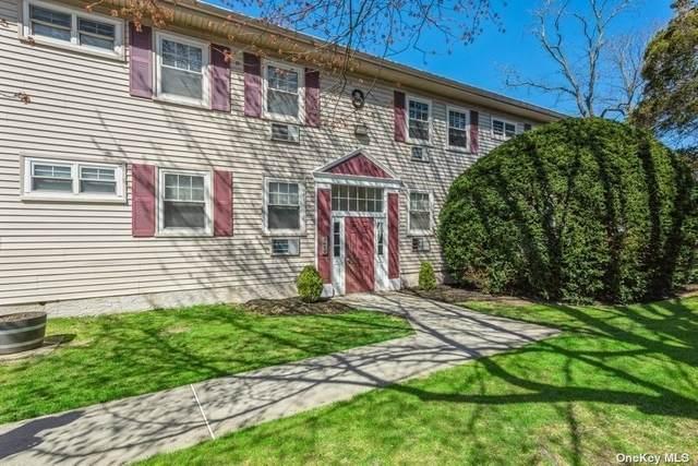 324 Post Avenue 9-K, Westbury, NY 11590 (MLS #3302805) :: Mark Seiden Real Estate Team