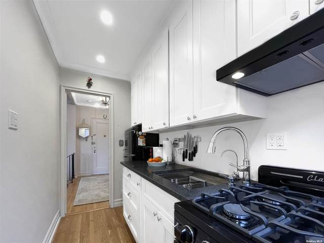 77-14 113th Street 6R, Forest Hills, NY 11375 (MLS #3303164) :: RE/MAX RoNIN