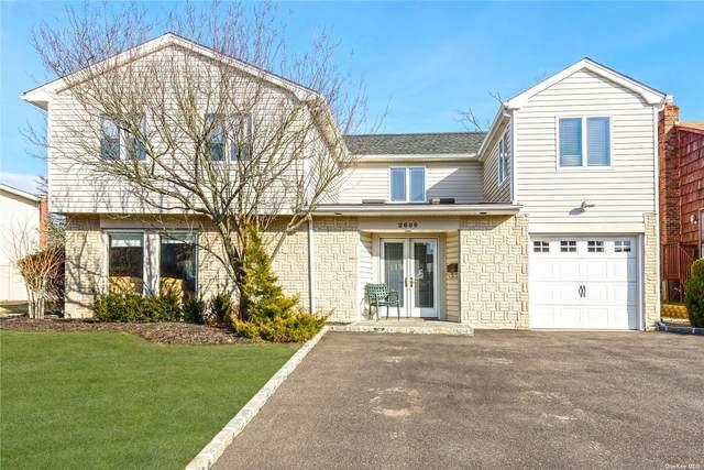 2600 Glenn Drive, Bellmore, NY 11710 (MLS #3303178) :: McAteer & Will Estates | Keller Williams Real Estate