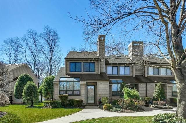 112 Beecher Avenue, East Islip, NY 11730 (MLS #3303278) :: Barbara Carter Team