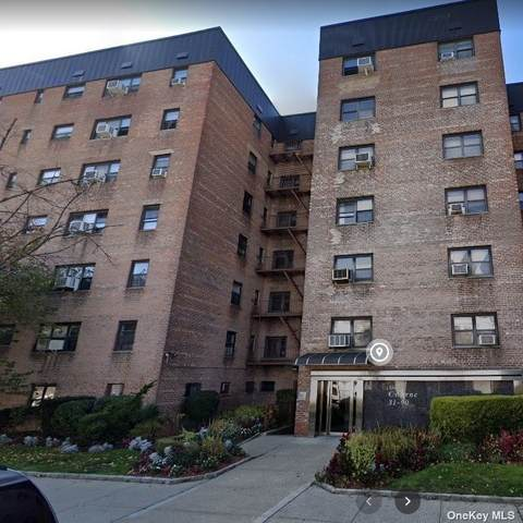 31-90 140th Street Ge, Flushing, NY 11354 (MLS #3303361) :: Carollo Real Estate