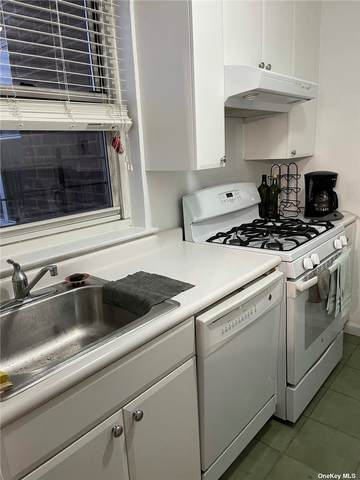 35-48 172 Street #55, Flushing, NY 11358 (MLS #3304053) :: Laurie Savino Realtor