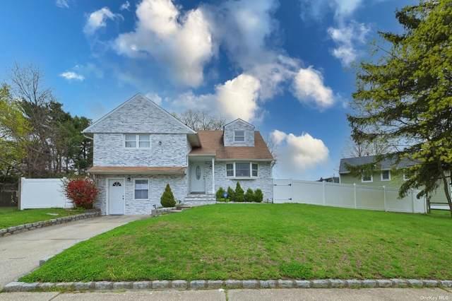 26 Albert Road, Hicksville, NY 11801 (MLS #3304455) :: The Home Team