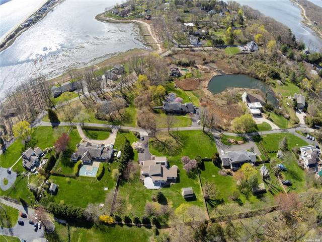 15 Kew Ct, Northport, NY 11768 (MLS #3304554) :: Frank Schiavone with William Raveis Real Estate