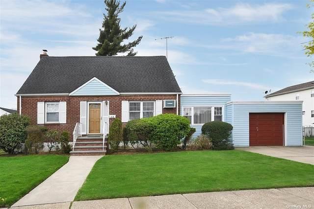 76 Elm Street, Valley Stream, NY 11580 (MLS #3304576) :: Frank Schiavone with William Raveis Real Estate