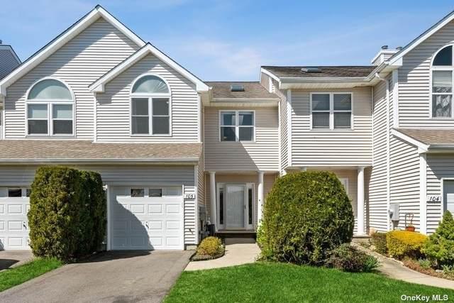 105 Willow Pond Drive, Riverhead, NY 11901 (MLS #3304608) :: Barbara Carter Team