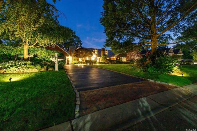 9 Greenbriar Lane, Port Washington, NY 11050 (MLS #3304613) :: Cronin & Company Real Estate
