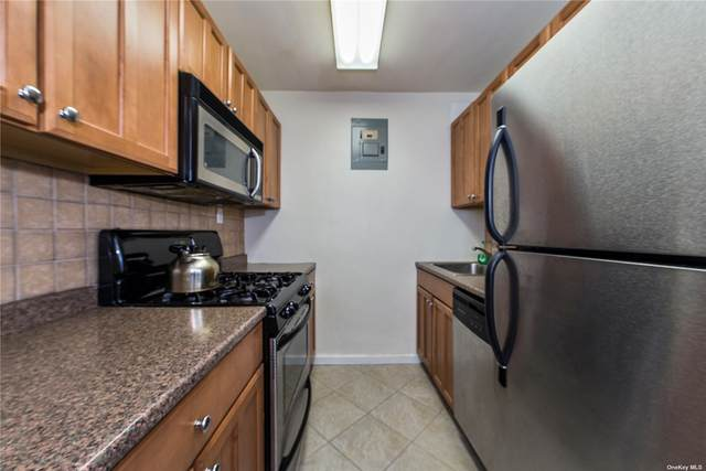 70-25 Yellowstone Boulevard 5E, Forest Hills, NY 11375 (MLS #3304781) :: RE/MAX RoNIN