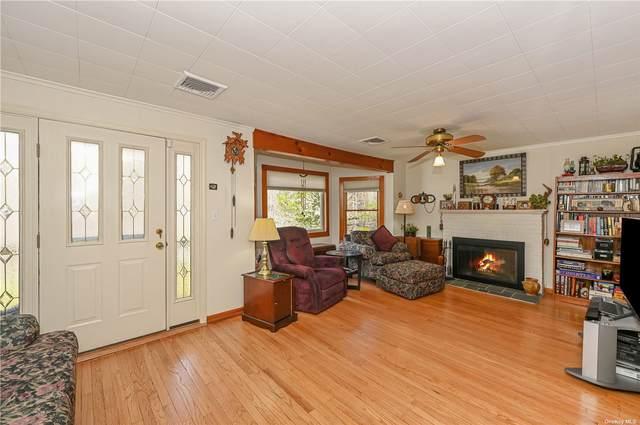 2 Glenview Avenue, Fort Salonga, NY 11768 (MLS #3305237) :: Signature Premier Properties
