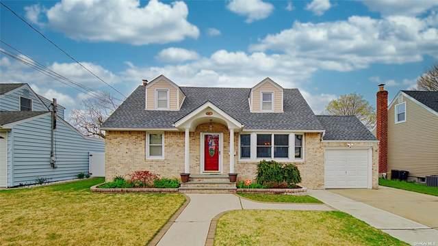 47 W Zoranne Drive, Farmingdale, NY 11735 (MLS #3305331) :: Signature Premier Properties