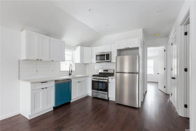 100-03 90th Avenue, Richmond Hill, NY 11418 (MLS #3305467) :: Signature Premier Properties
