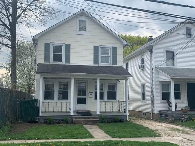 6 N Maryland Avenue, Port Washington, NY 11050 (MLS #3305468) :: Cronin & Company Real Estate