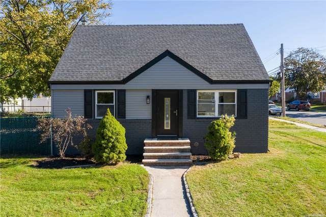 240-07 128th Road, Rosedale, NY 11422 (MLS #3305760) :: Signature Premier Properties