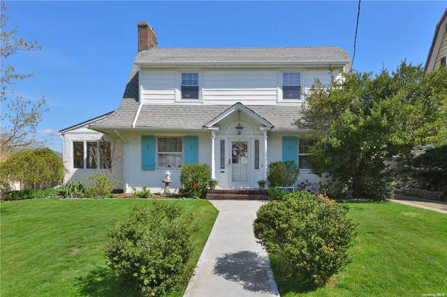 157-11 12 Road, Beechhurst, NY 11357 (MLS #3305820) :: Carollo Real Estate