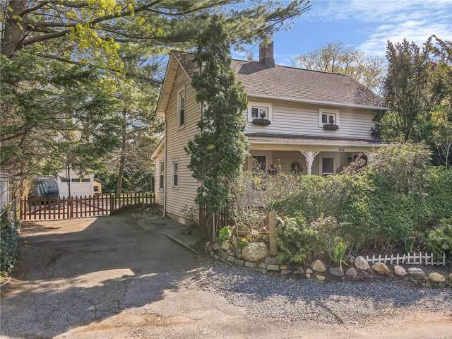 102 Harbor Hill Road, East Hills, NY 11577 (MLS #3305872) :: Cronin & Company Real Estate
