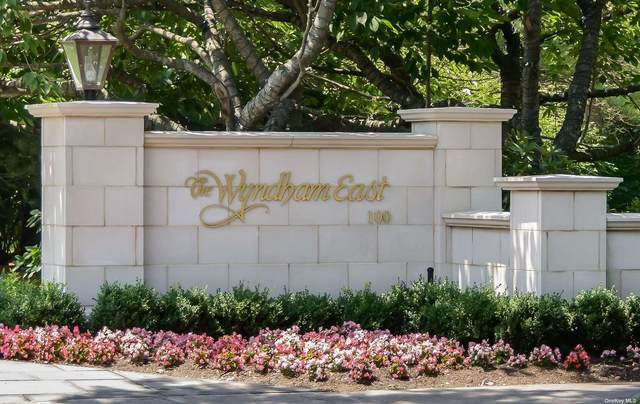 100 Hilton Avenue #408, Garden City, NY 11530 (MLS #3305902) :: Barbara Carter Team