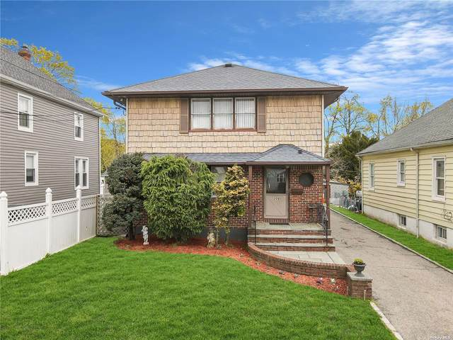 209 Butler Street, Westbury, NY 11590 (MLS #3305910) :: Cronin & Company Real Estate