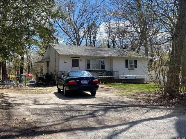 8 Barclay Road, Mastic Beach, NY 11951 (MLS #3306029) :: Cronin & Company Real Estate