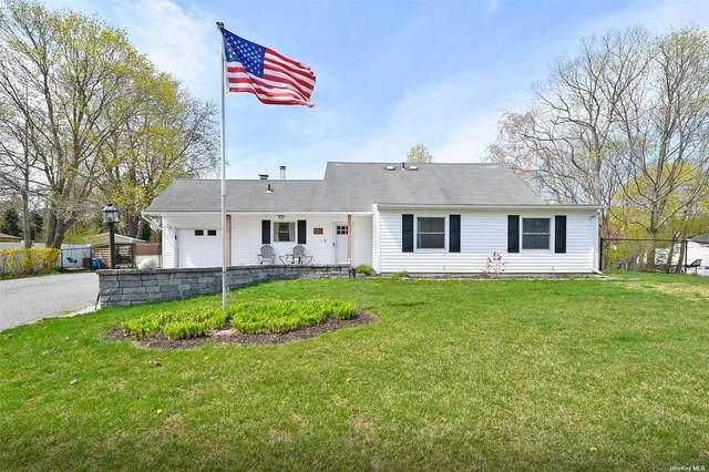 52 White Pine Way, Medford, NY 11763 (MLS #3306038) :: Cronin & Company Real Estate