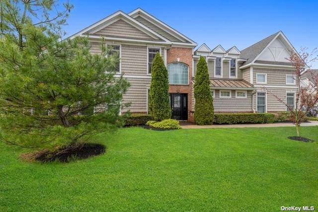 534 Pacing Way #534, Westbury, NY 11590 (MLS #3306092) :: Signature Premier Properties