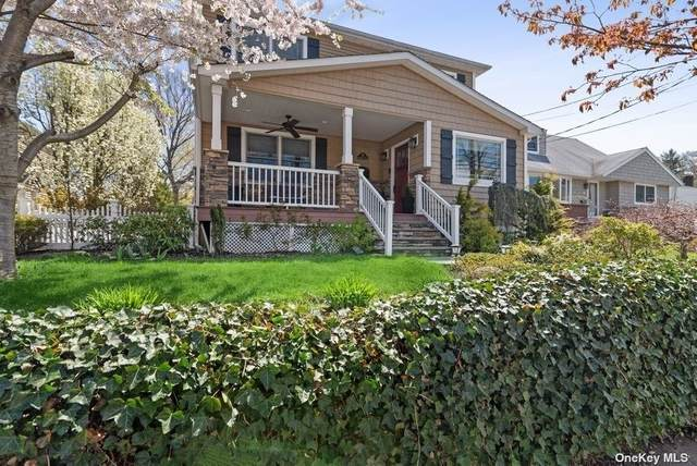 55 Singworth Street, Oyster Bay, NY 11771 (MLS #3306293) :: Carollo Real Estate