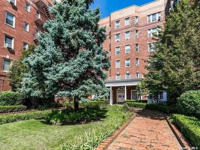 84-49 168th Street 4U, Jamaica Hills, NY 11432 (MLS #3306299) :: Carollo Real Estate