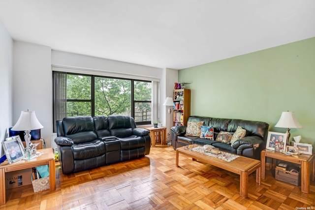 21-20 33rd Road 5C, Astoria, NY 11106 (MLS #3307720) :: Signature Premier Properties