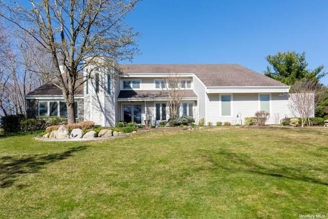 29 Swarthmore Lane, Dix Hills, NY 11746 (MLS #3308244) :: Signature Premier Properties