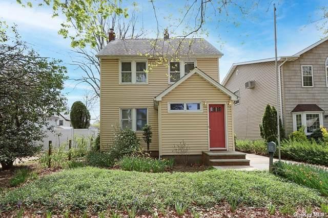 10 Walnut Street, Westbury, NY 11590 (MLS #3308258) :: McAteer & Will Estates   Keller Williams Real Estate