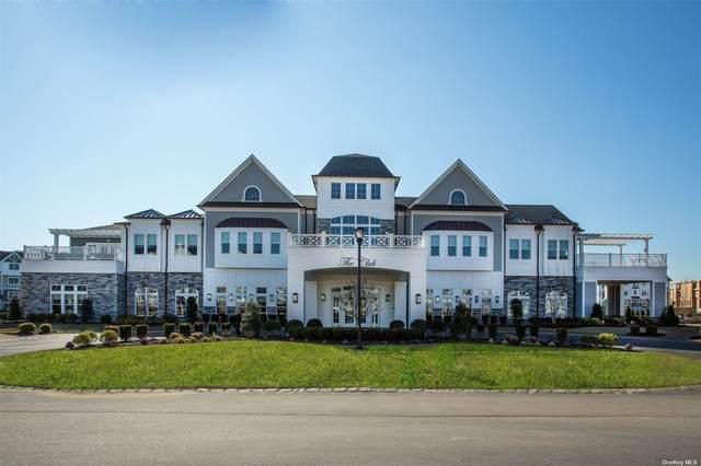 32104 Spruce Pond Circ, Plainview, NY 11803 (MLS #3308351) :: Carollo Real Estate