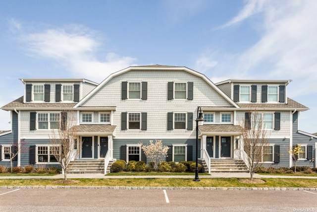 4 Village Green Drive, Southampton, NY 11968 (MLS #3308358) :: Goldstar Premier Properties